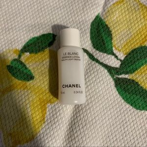 LAST CHANCE Chanel deluxe sample le blanc